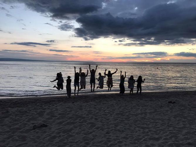 jumping-in-haiti